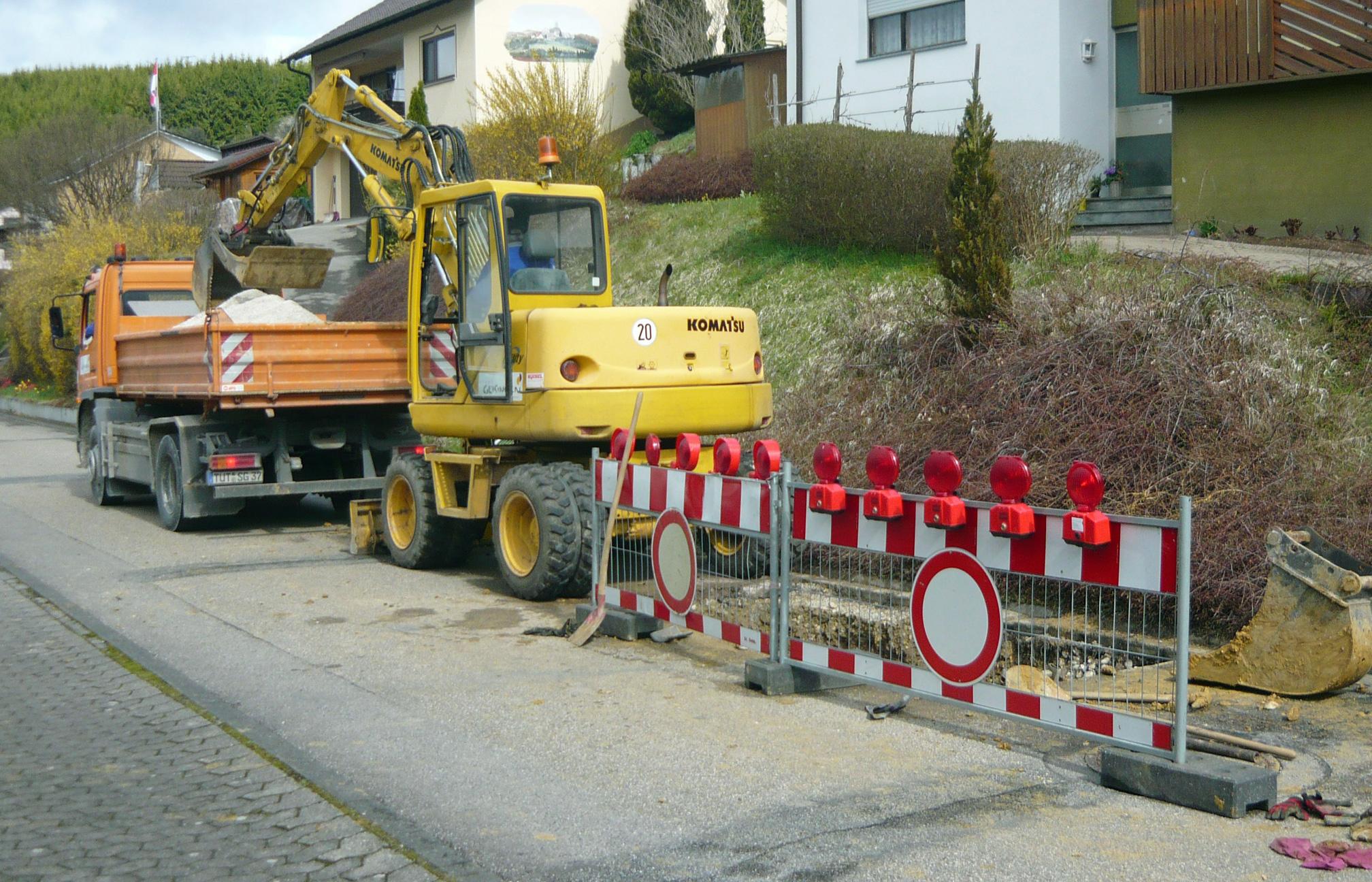 """Baustelle """"Rohrbruch"""" in Leipferdingen"""