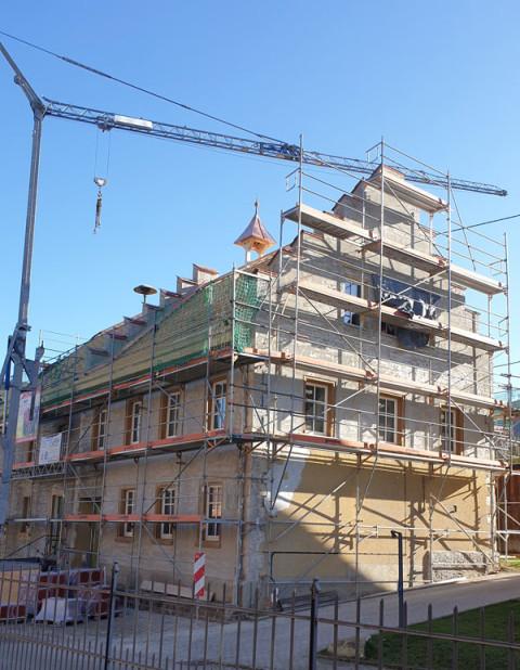 Rathaus Gutmadingen - der Turm ist fertig auf dem Dach